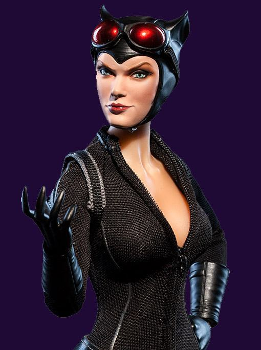 Catwoman-Sixth-Scale-Figure-Sideshow-02