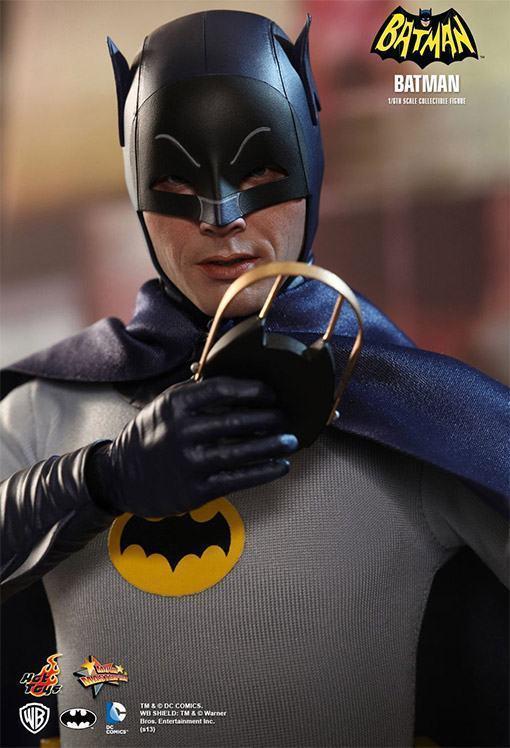 Hot-Toys-Batman-e-Robin-06