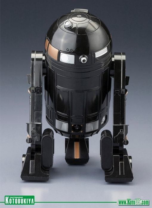 R2-Q5-ArtFX-Statue-2013-NYCC-Edition-05