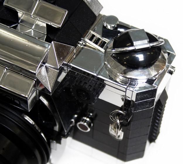 Camera-LEGO-Nikon-FE2-03
