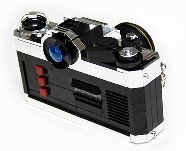 Camera-LEGO-Nikon-FE2-04