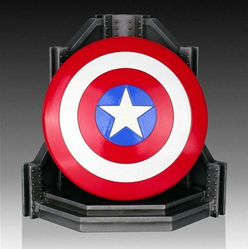 Capt-America-Gentle-Giant-Bookend-01a
