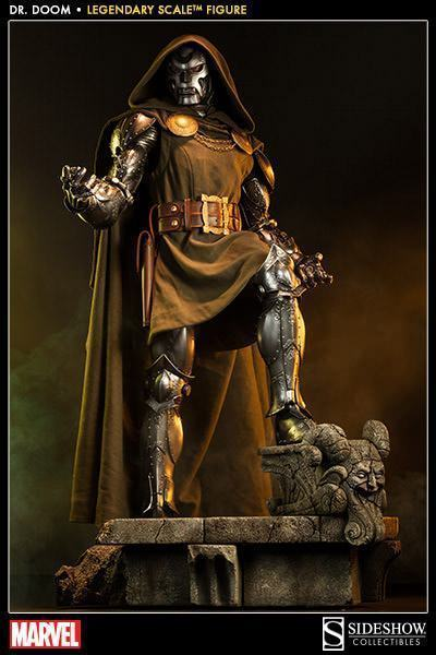Doctor-Doom-Legendary-Scale-01