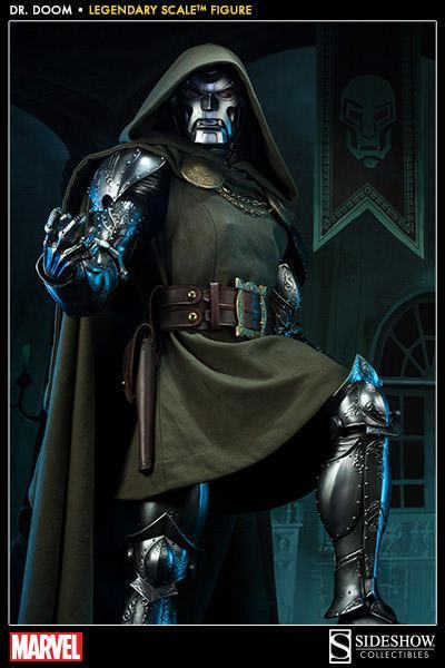 Doctor-Doom-Legendary-Scale-04