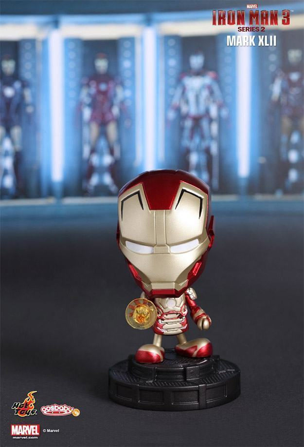 Iron-Man-3-Hot-Toys-Series-2-Cosbaby-03