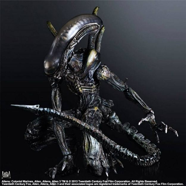 Play-Arts-Kai-Aliens-Colonial-Marines-02