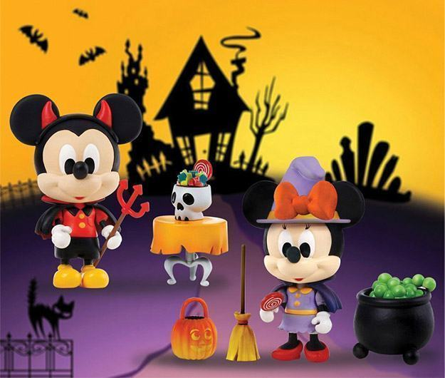 Play-Buddies-Halloween-Mickey-Minnie-01
