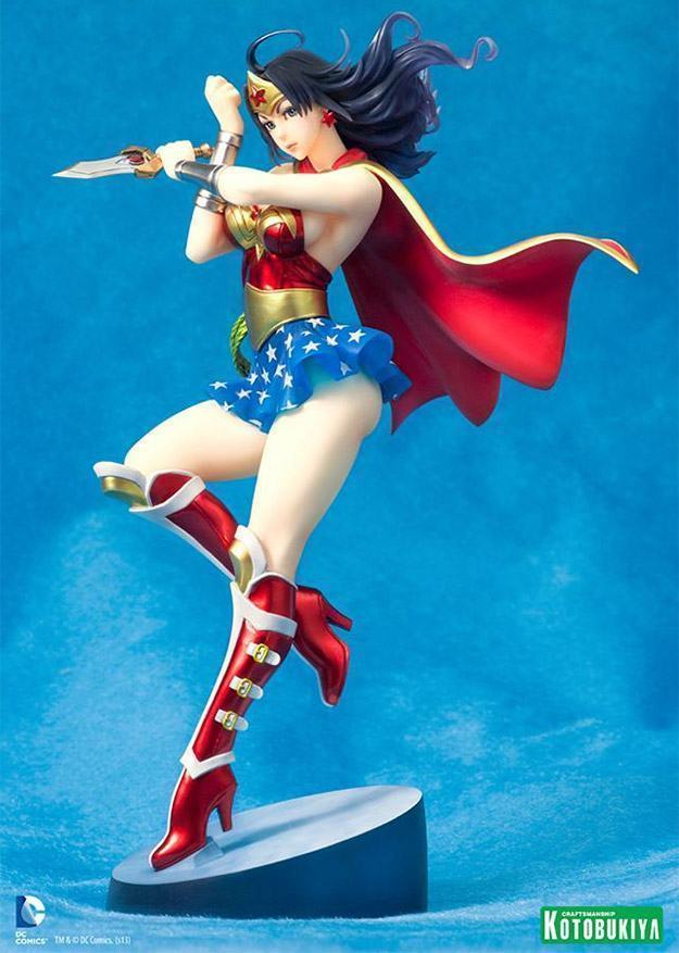 Wonder-Woman-Armored-Version-Bishoujo-Statue-03