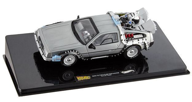 BTTF-DeLorean-Mr.-Fusion-Hot-Wheels-Elite-04