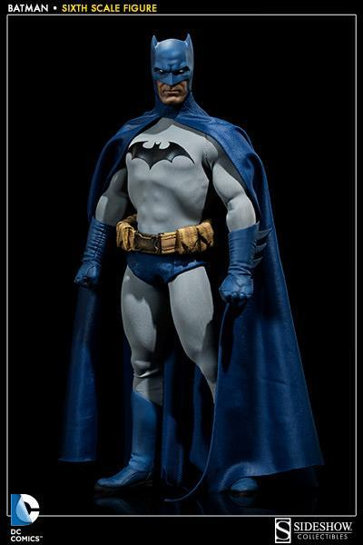 Batman-Sixth-Scale-Figure-Sideshow-01