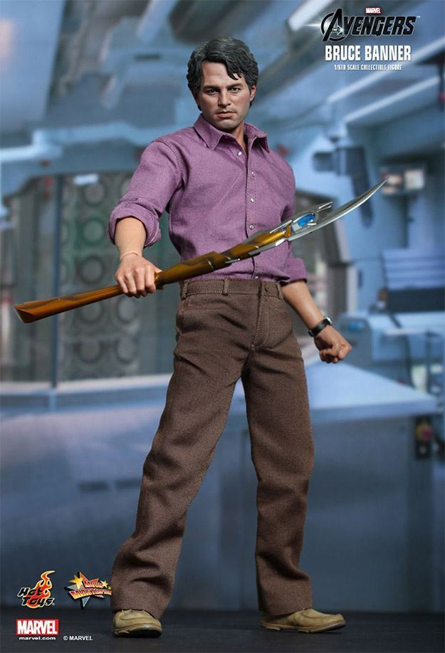 Bruce-Banner-The-Avengers-Collectible-Figure-06