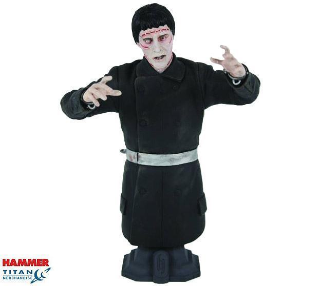 Christopher-Lee-Frankensteins-Monster-Maxi-Bust-02