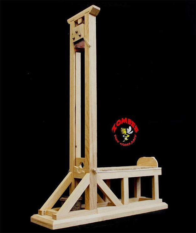 Guillotine-Heads-Will-Roll-Model-02