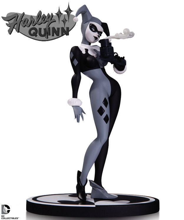 Harley-Quinn-Batman-Black-e-White-Statue-01