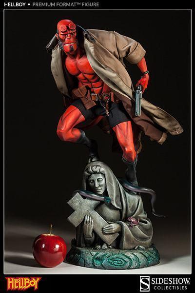Hellboy-Premium-Format-Figure-10
