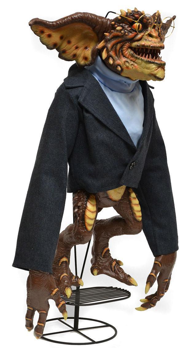 Marionete-Brain-Gremlin-Life-Size-Stunt-Puppet-Prop-Replica-03