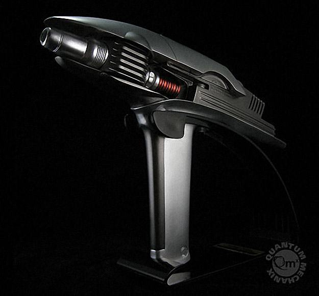 Star-Trek-Into-Darkness-Phaser-Prop-Replica-03