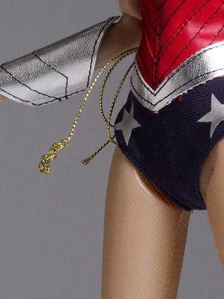 Wonder-Woman-52-Tonner-04