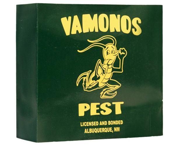 Action-Figure-Breaking-Bad-Walter-White-Vamonos-Pest-Suit-03