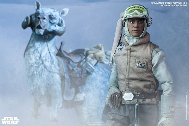 Commander-Luke-Skywalker-Hoth-Figure-06