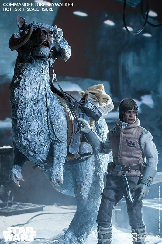 Commander-Luke-Skywalker-Hoth-Figure-07