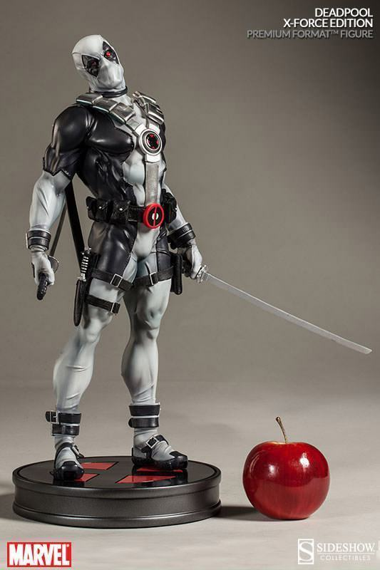 Deadpool-X-Force-Premium-Format-Figure-06