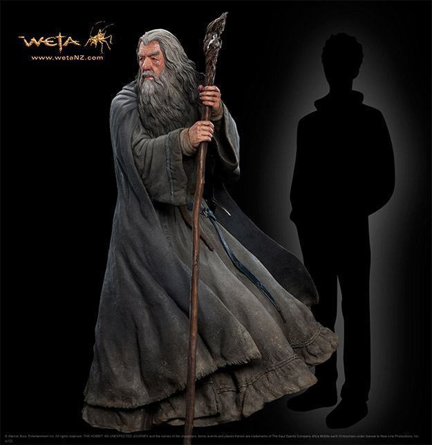 Gandalf-The-Grey-Life-Size-Statue-Weta-01