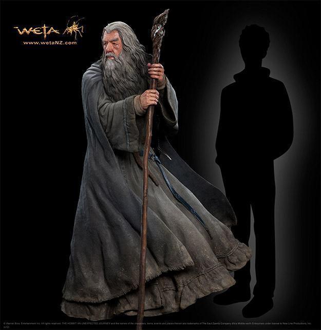 Gandalf-The-Grey-Life-Size-Statue-Weta-01
