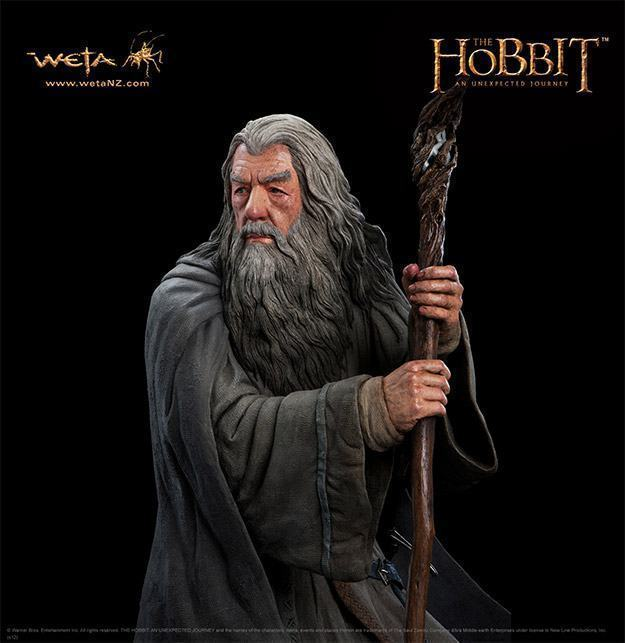 Gandalf-The-Grey-Life-Size-Statue-Weta-02