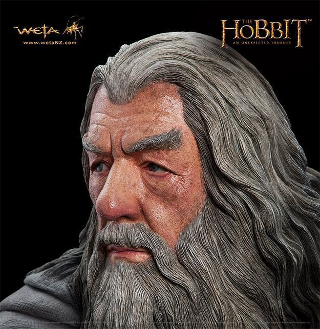 Gandalf-The-Grey-Life-Size-Statue-Weta-03