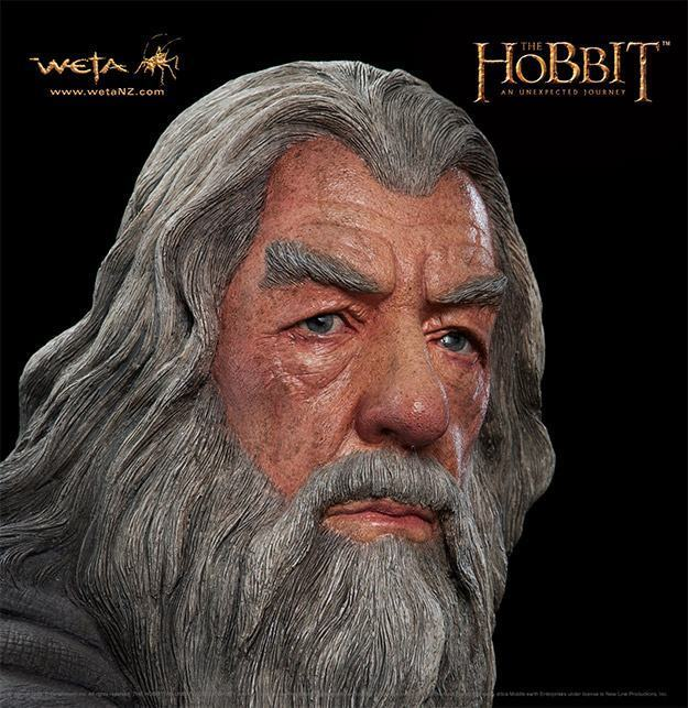 Gandalf-The-Grey-Life-Size-Statue-Weta-04