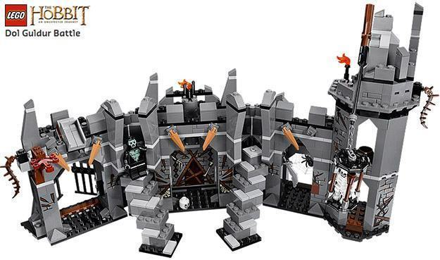 LEGO-Hobbit-Dol-Guldur-Battle-02