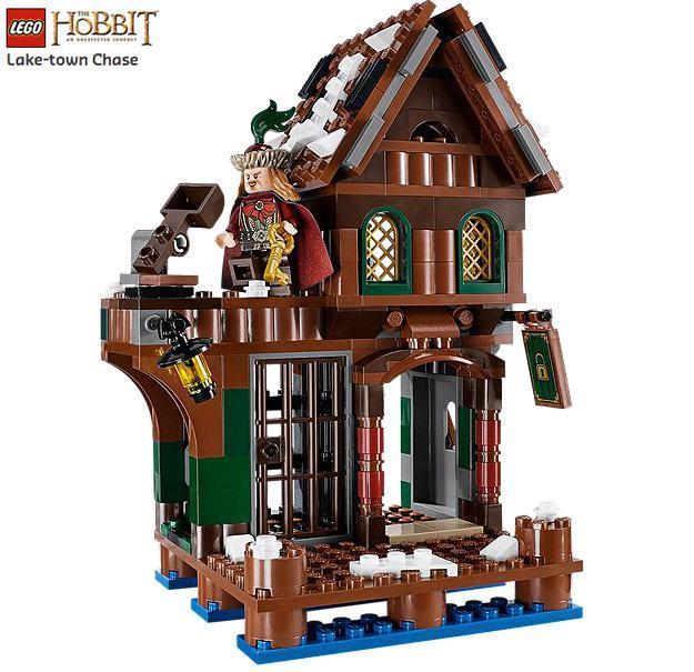 LEGO-Hobbit-Lake-town-Chase-05