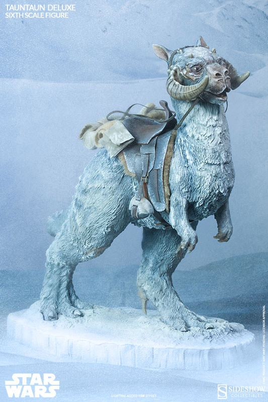 Tauntaun-Figure-Related-Product-03