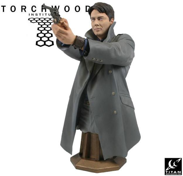 Torchwood-Masterpiece-Collection-Maxi-Bust-Captain-Jack-Harkness-03