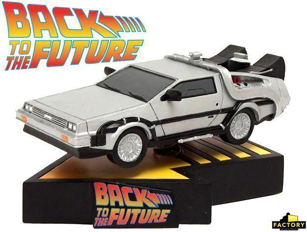 Back-to-the-Future-DeLorean-Time-Machine-Bobble-Head-01