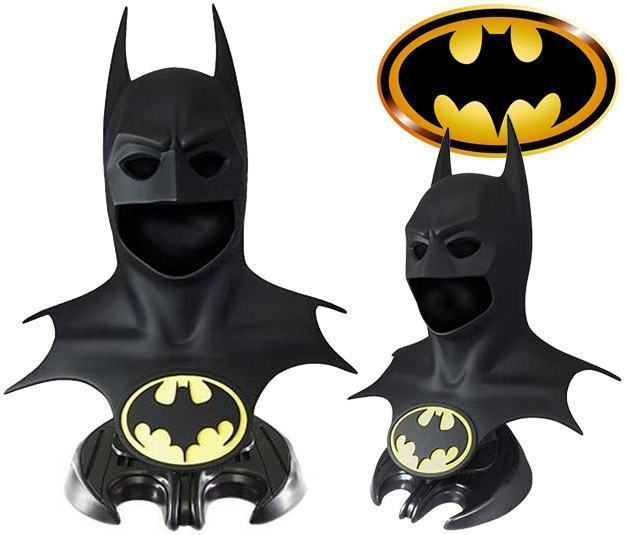 Batman-1989-Cowl-Prop-Replica-01