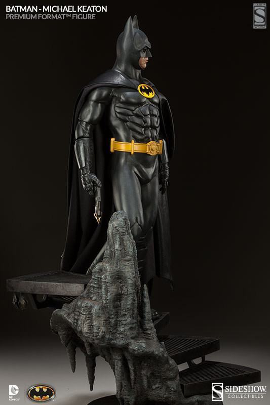 Batman-1989-Michael-Keaton-Premium-Format-03