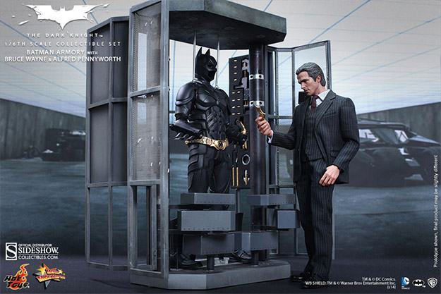 Batman-Armory-Hot-Toys-05