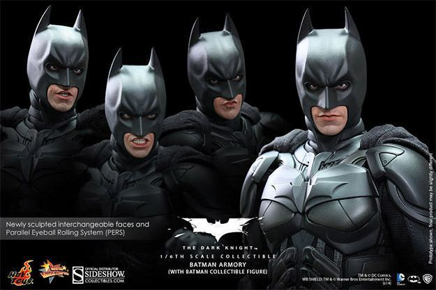Batman-Armory-Hot-Toys-09