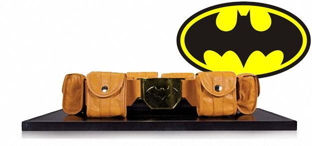 Batman-Utility-Belt-Prop-Replica-01