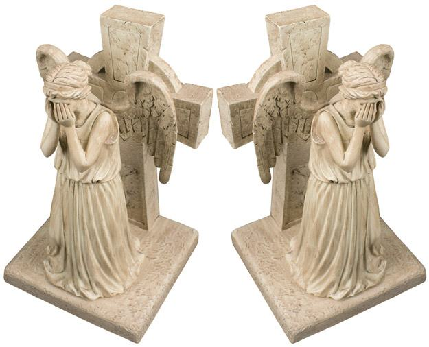 Doctor-Who-Weeping-Angel-Bookends-02