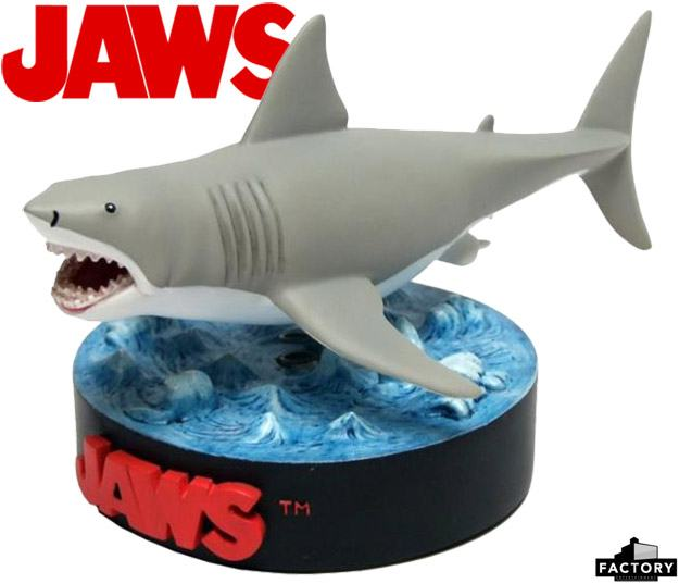 Jaws-Bruce-Shark-Deluxe-Premium-Motion-Statue-01