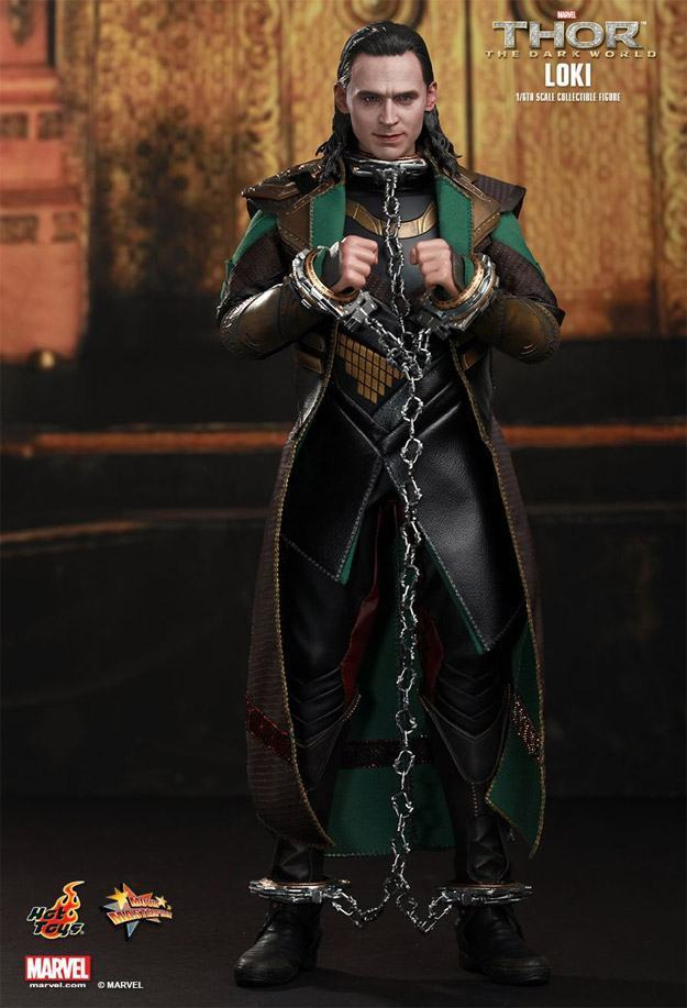 Loki-Collectible-Figure-MMS231-HotToys-03