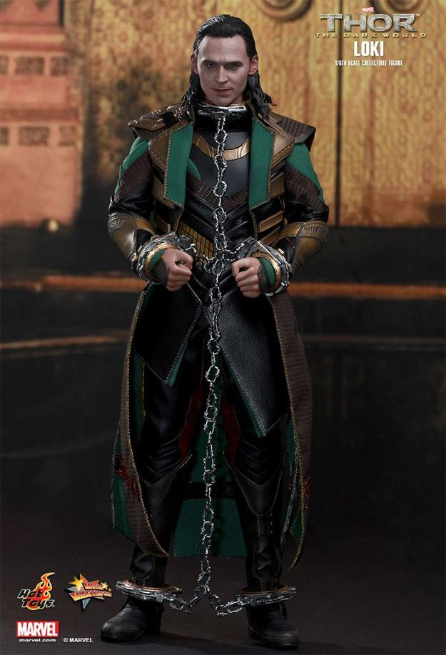 Loki-Collectible-Figure-MMS231-HotToys-06