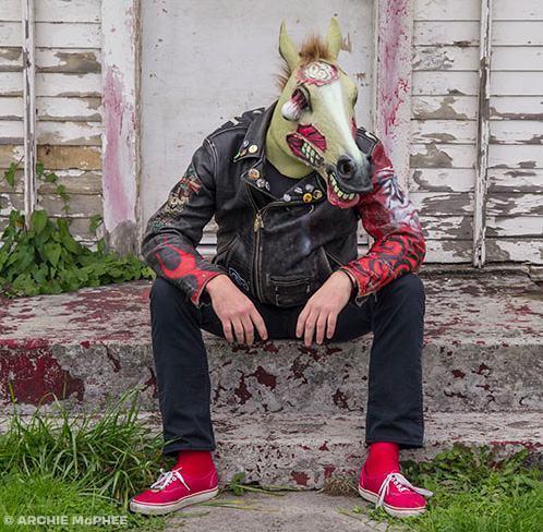 Mascara-Cavalo-Zumbi-Zombie-Horse-Mask-04