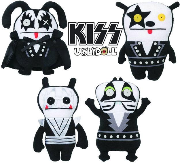 Uglydoll-Kiss-01