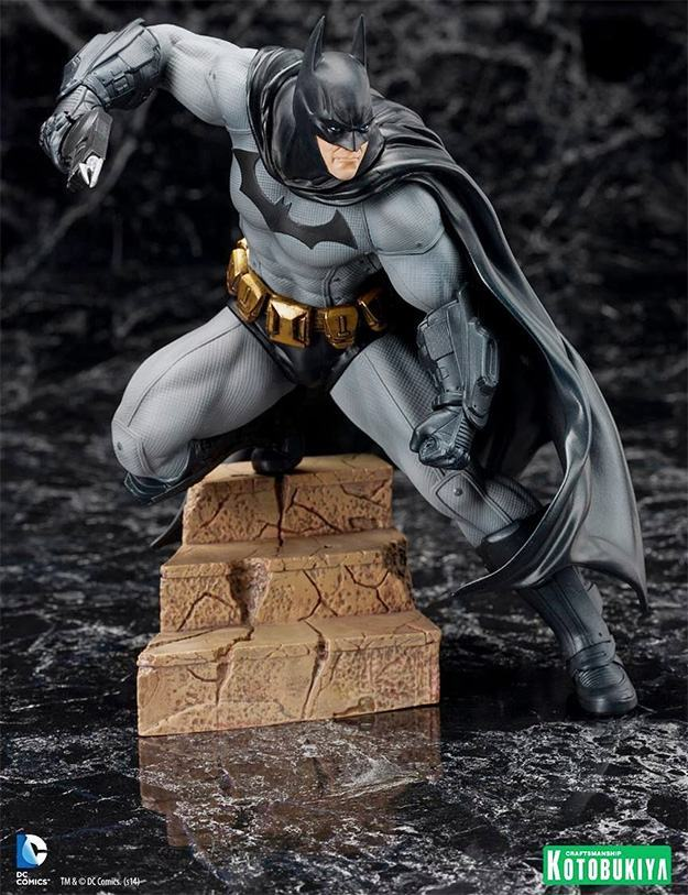 Batman-Arkham-City-ArtFX-Statue-03
