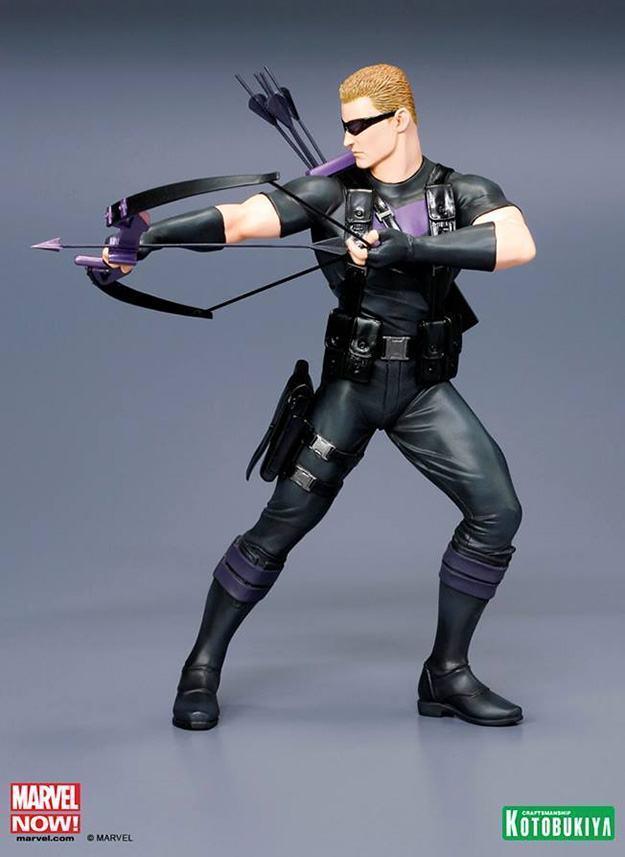 Hawkeye-Avengers-NOW-ArtFX-Statue-03