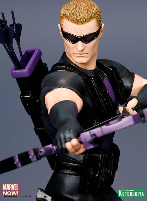 Hawkeye-Avengers-NOW-ArtFX-Statue-04